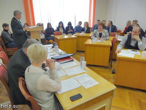 Депутаты решили поддержать только нуждающихся обманутых дольщиков