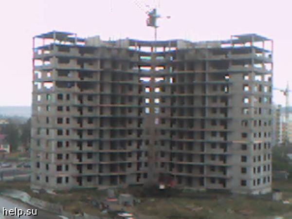 Корпорация «Маяк» в очередной раз откладывает сдачу проблемного дома на улице Рощинская