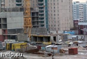 Жильцы борются со строительной  компанией за придомовую территорию